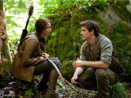 Katniss%20%26%20Gale.jpg